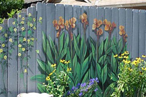 идеи креативни декоративни огради за двора и градината
